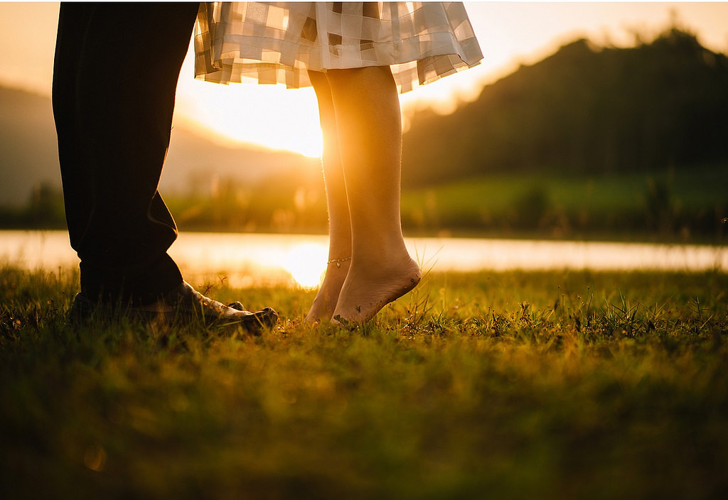 Pomirite se sa gorkom istinom: ovih 10 znakova garantuje da je on OČAJAN ljubavnik