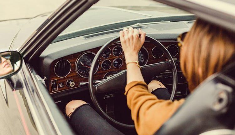 Pazite, počinju kontrole: Smanjite brzinu i vežite pojas na zadnjem sedištu!