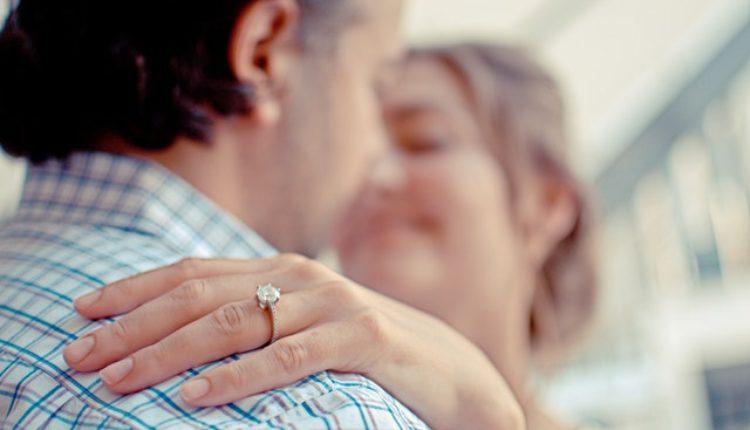 Ako želite da ostanete u braku, sklapajte ga u ovim godinama