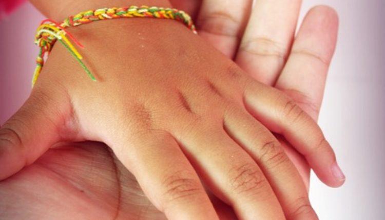 Devojčica preminula jer roditelji ne veruju u AIDS