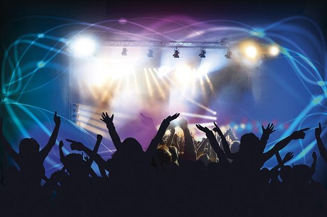 """Muzički spektakl """"Noć muzike"""" na Tašu pred 15.000 ljudi"""