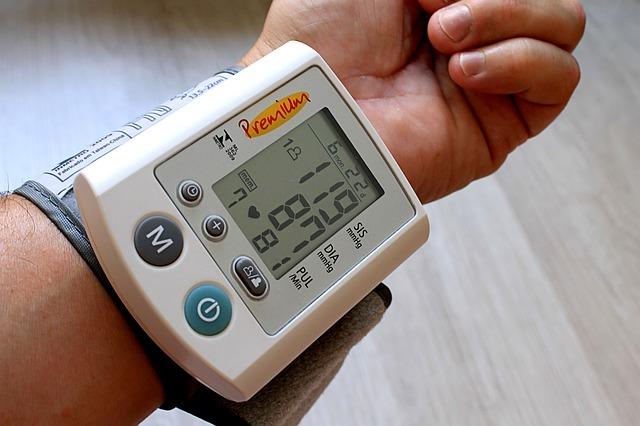 Instant pomoć: 2 trika koji na ovoj vrelini ODMAH snižavaju visok pritisak