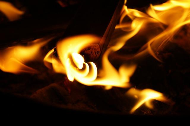 """Ko je odgovoran za požare u """"kartonki"""" na Ada Huji?"""