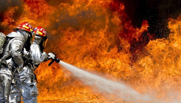 Požar na Banjici: Gori stan na 17. spratu