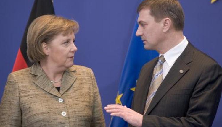 Merkel: Mađarska mora primiti izbeglice ili će biti finansijski kažnjena