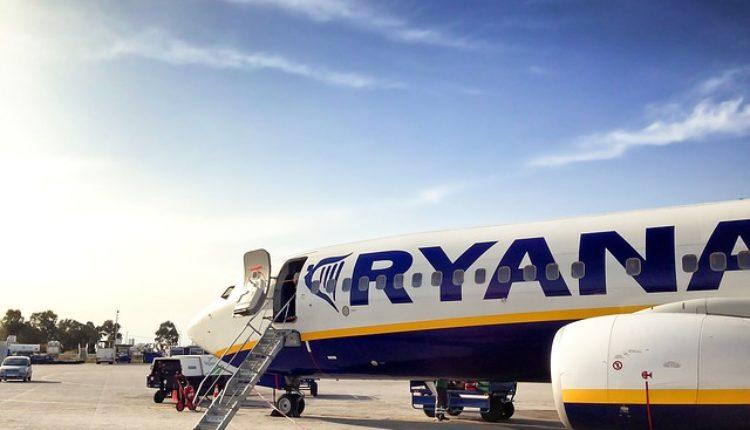Odložen let zbog pijanih putnika: Šalili se da su teroristi