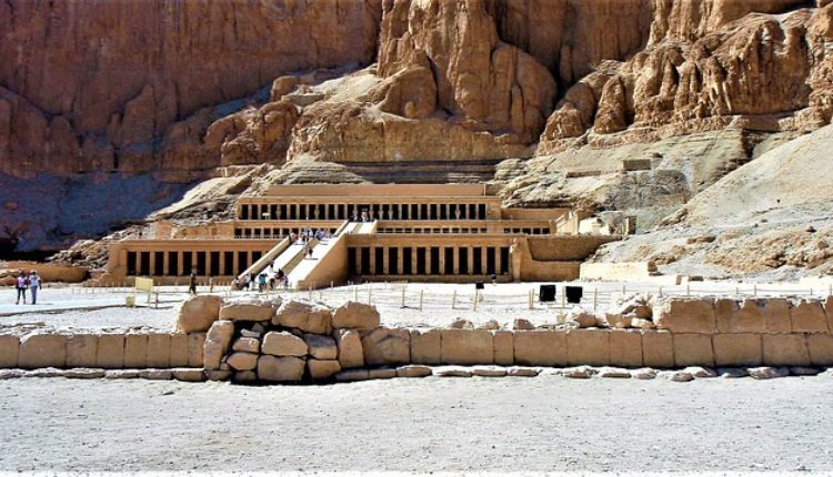 U Luksoru otkrivena grobnica stara više od 3.500 godina
