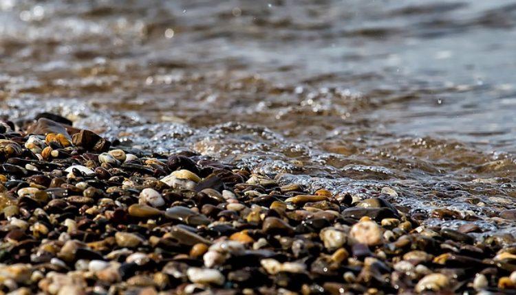 Iz reke izvučeno telo četvorogodišnjeg deteta, u toku potraga za još jednom osobom