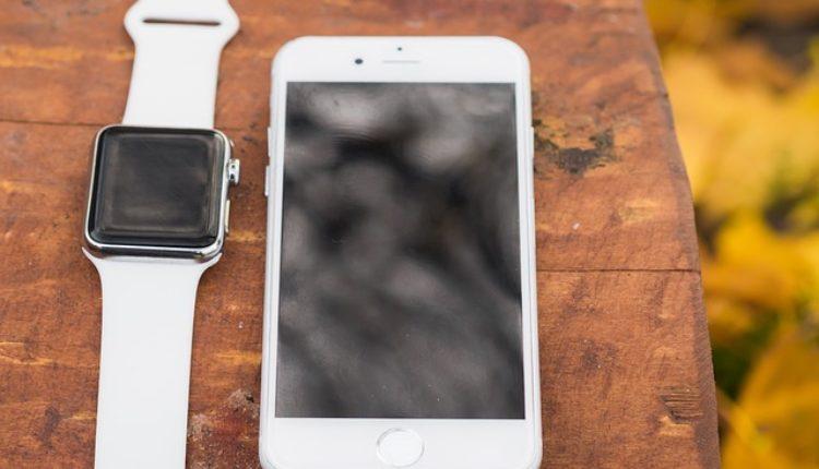 Apple predstavio novi Apple Watch sa ugrađenom elektronskom SIM karticom