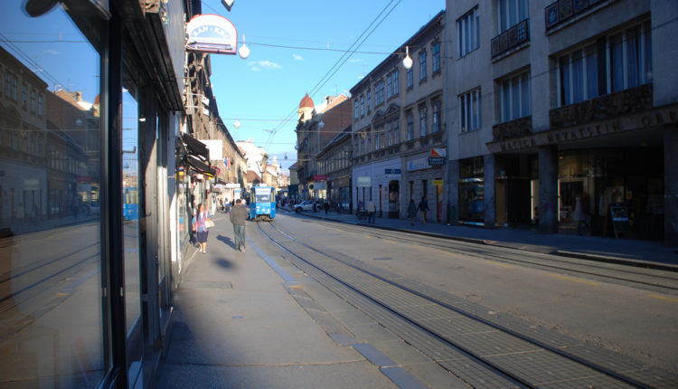 Zagreb: Masovna tuča u tržnom centru, pokretne stepenice krvave