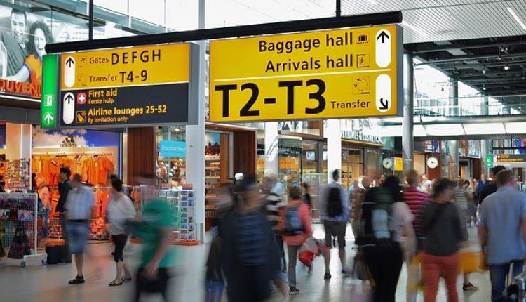 Turčin divljao na beogradskom aerodromu: Razbijao monitore i gađao radnicu