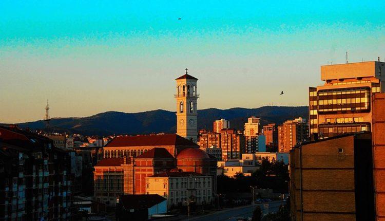"""""""Na Kosovu napeto, vojska Srbije sve jača"""""""