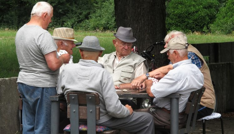 Beograd od 1. novembra uvodi benefit kartice za penzionere, prva besplatno