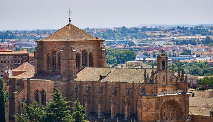 Junker Kataloncima: Španija nije Jugoslavija