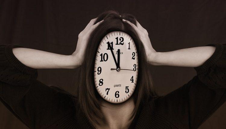 Zašto uopšte pomeramo sat? Istine i zablude o zimskom računanju vremena