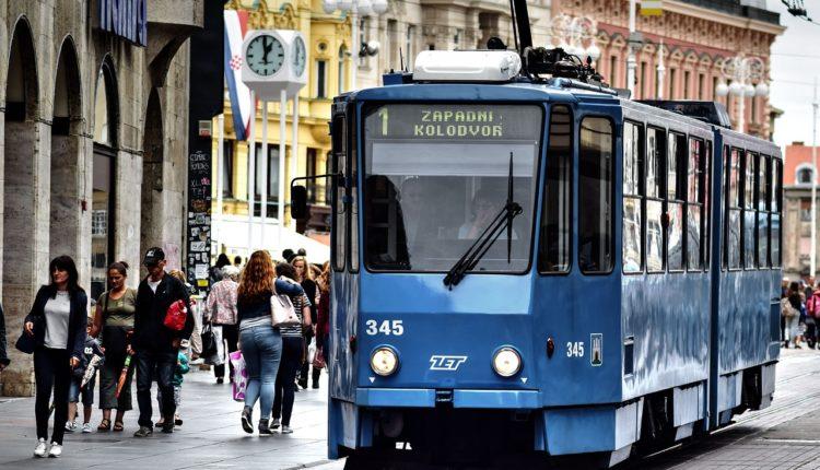 Komšije prezadužene: Blokirano preko 300.000 građana Hrvatske, duguju milijarde evra
