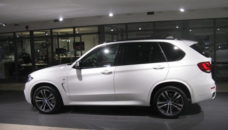 "Aktuelni BMW X5 neće ""zatezati bore"", nova generacija stiže sledećeg leta"