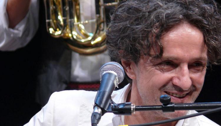 """Kao u stara dobra vremena: Spektakularan koncert """"Bijelog dugmeta"""" u Amsterdamu"""