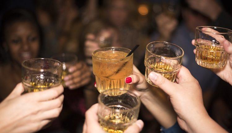 Oprez: Ova pića izazivaju GADAN mamurluk
