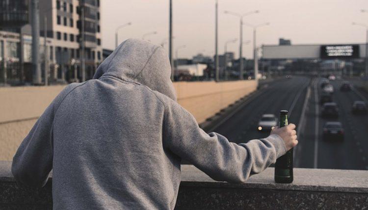 Pijani Rus pao sa 9. sprata, kada ga je policija pronašla – evo ŠTA je zatekla!