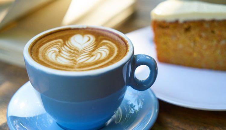 Da li je bezbeno piti kafu staru nekoliko sati?