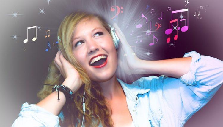Zbog preglasne muzike sve veći broj mladih ima zujanje u uhu