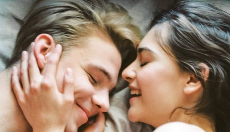 Iznenađenje: U OVIM godinama muškarci i žene imaju najveće zadovoljstvo u krevetu