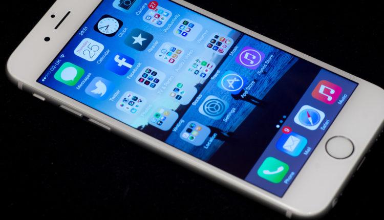 Dečak zaključao mamin iPhone na 48 godina – može se desiti i vama