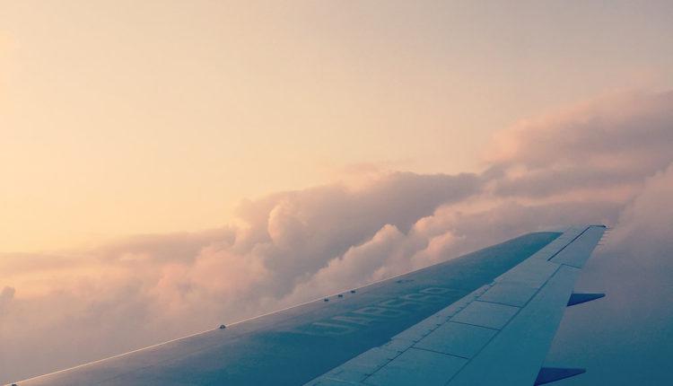 Svih 20 putnika poginulo u padu aviona