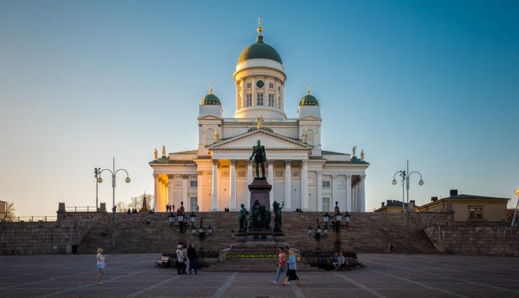 """""""Dosadni"""" izbori u Finskoj bez predsednikovog psa"""