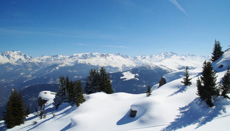 Pometnja u Alpima: Lavina u Italiji, evakuisani gosti hotela