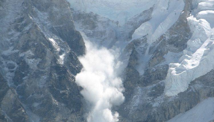 Lavina se obrušila na skijaški centar, ne zna se broj zatrpanih