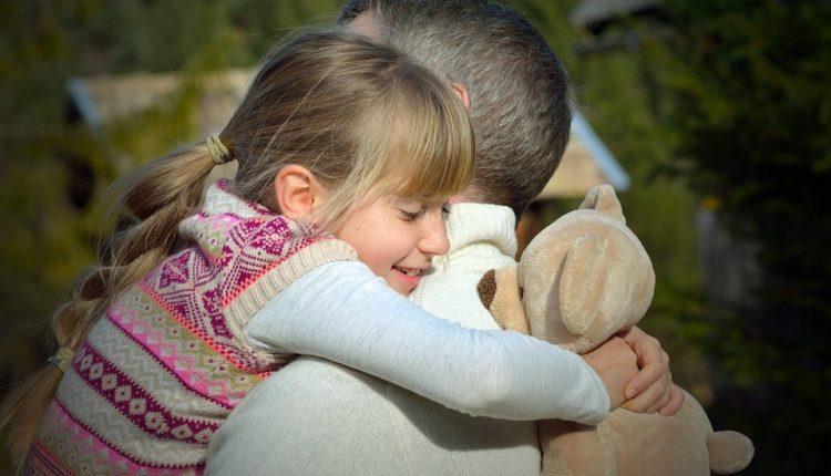 Dirljiva priča ove devojke nateraće vas da odmah kažete očevima koliko ih volite
