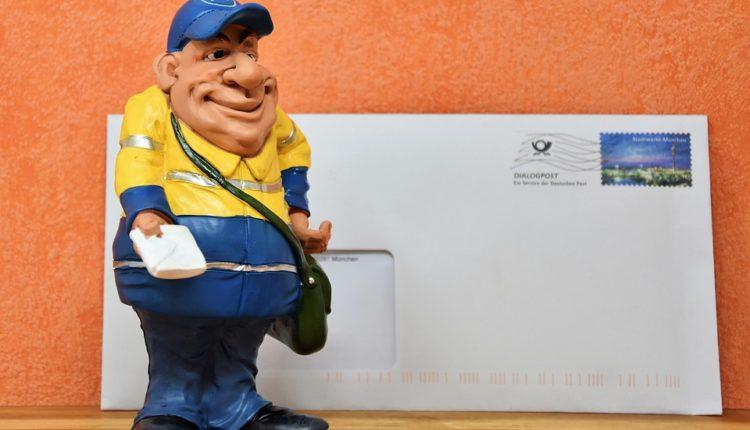 U garaži poštara pronađeno 573 kg neisporučene pošte