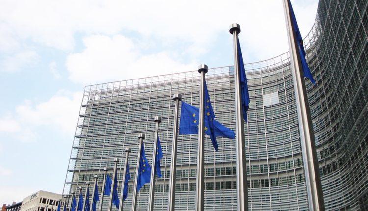 """EU kažnjava neposlušni """"Istočni blok"""" – Kina trlja ruke"""