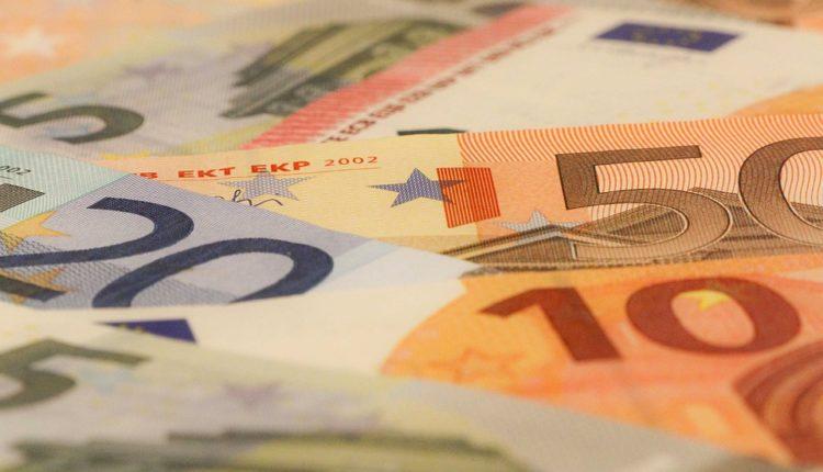 Ima li razloga za slavlje: Evro slavi 20. rođendan