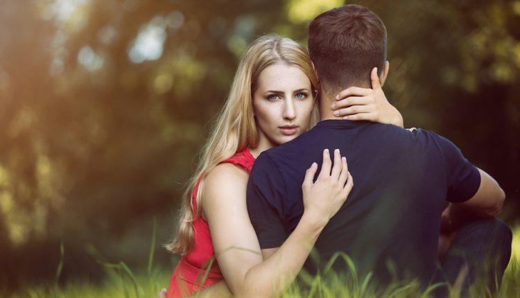 Znaci toksične veze: Od ovakvih partnera bežite glavom bez obzira