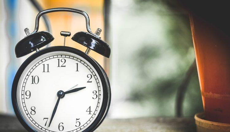 Građani, da ukinemo letnje računanje vremena ili ne?
