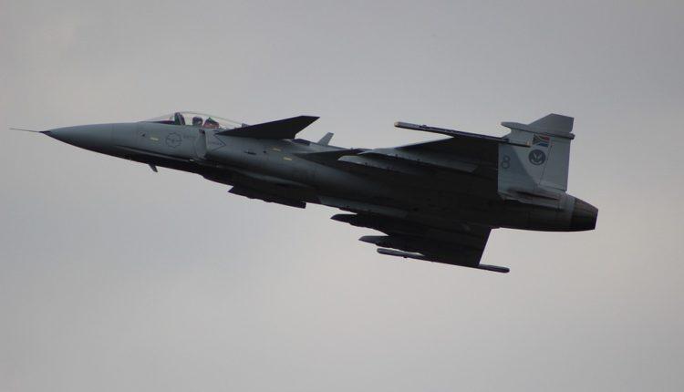 """Za bombe dovoljno """"majke mi"""": SAD napadaju Siriju kao Jugoslaviju – uz jednu veliku razliku"""