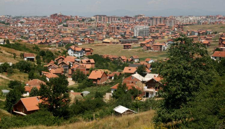"""Drska provokacija: Priština bi mogla da """"odlučuje"""" o daljem komadanju Srbije"""