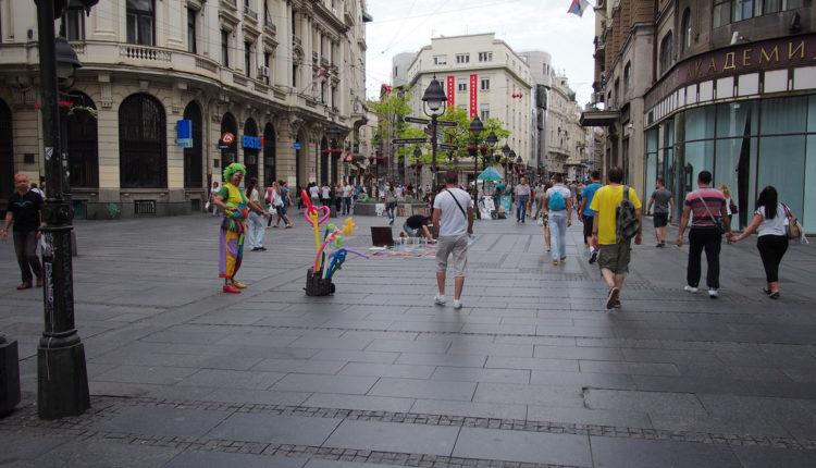 Najnoviji trend u Beogradu: preticanje po svaku cenu, ali ne kolima
