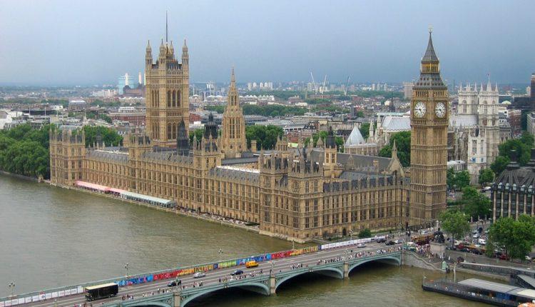 Ruski ambasador: Britanija krije informacije o Skripalju