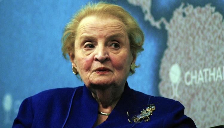 Olbrajtova: Volela bih da je Obama pritisnuo crveno dugme za Siriju