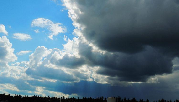 Malo sunca, pa kiša, gromovi, grad i do kada tako?