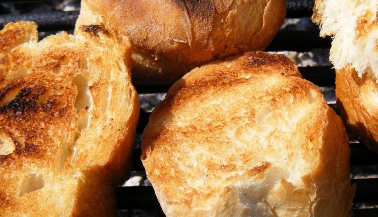 Otkrivamo tajnu SAVRŠENOG domaćeg hleba