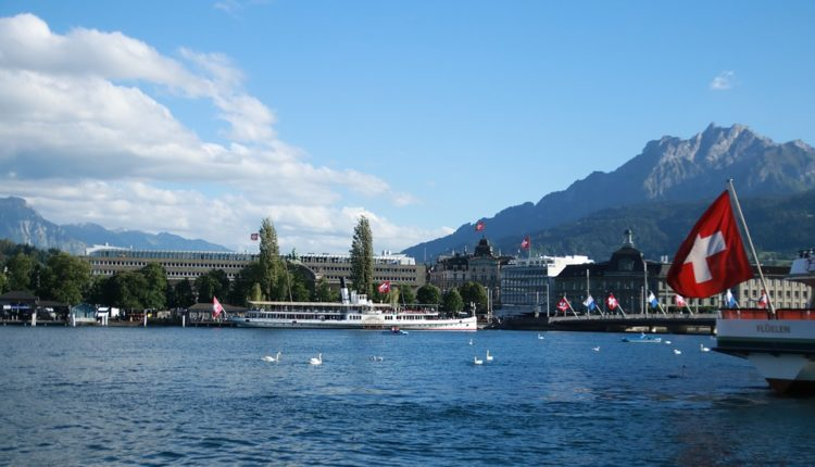 Švajcarski političar: Bezobrazna američka igra može trajati večno