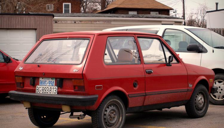 Juga čuvao u garaži 30 godina, sada ga prodaje za 8.000 evra (foto)