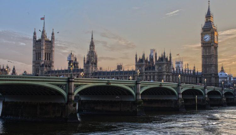 Britanci izradili novi dokument: Pola izveštaja posvećeno Rusiji