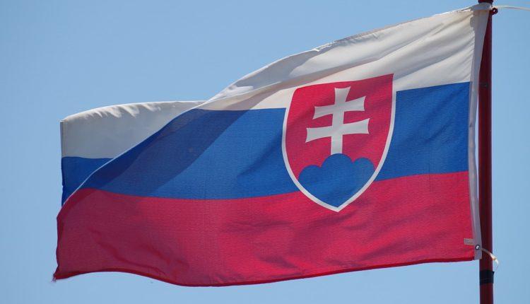 Velika promena za srpske radnike – plate rastu, bolji uslovi