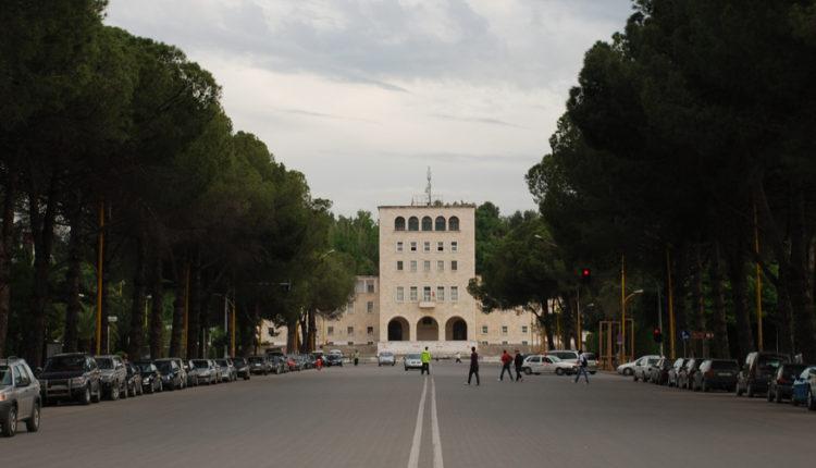 Iznenadna ucena iz Tirane Prištini